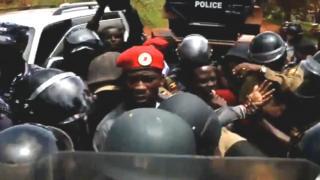 Museveni ashobora gukurikira Omar Ell-Bashir wa Sudan